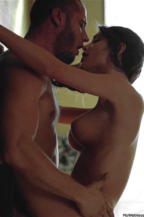 Kissing Porn Photo EPORNER