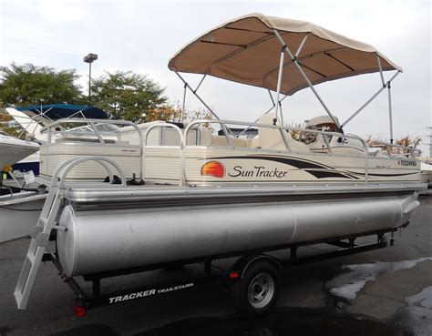 used fishing pontoon boats for sale 2009 used suntracker 21 fishing barge pontoon boat for