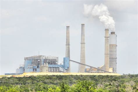 coal burning power plants epa cancels plan to clean up polluting texas coal plants