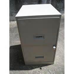 steelworks metal file cabinet w key