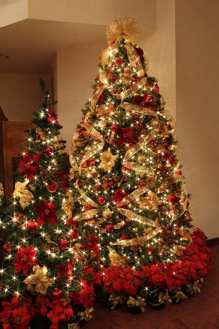gold ribbons on christmas trees 32 amazing and gold d 233 cor ideas digsdigs