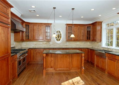 kitchen cabinet carpenter the benefits of custom kitchen cabinets carpentry