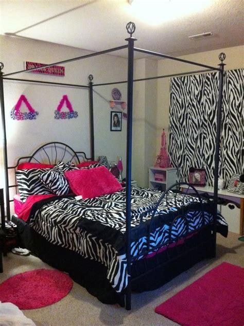 zebra decor for bedroom best 25 zebra room decor ideas on pinterest zebra print