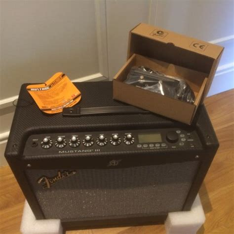 fender mustang v1 fender mustang 3 v1 lifier 100 watts for sale in tullow