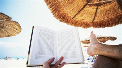 leer libro el mar dels traidors premi el lector de lodissea 2012 en linea para descargar diez libros para leer este verano
