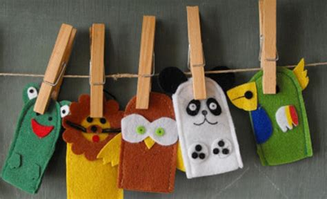How To Make Puppets At Home With Paper - how to make a puppet make finger puppets finger