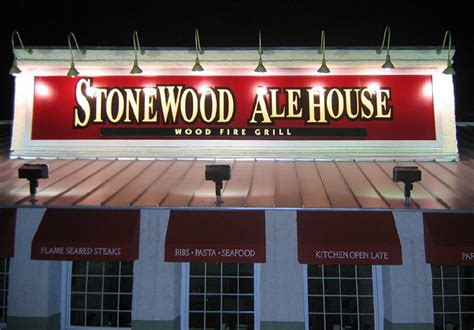 stonewood ale house rehearsal lunch dinner bloomingdale il usa wedding mapper