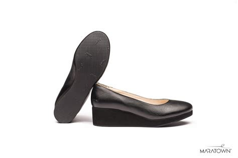 most comfortable womens shoes in the world maratown launches the world s most comfortable dress shoes