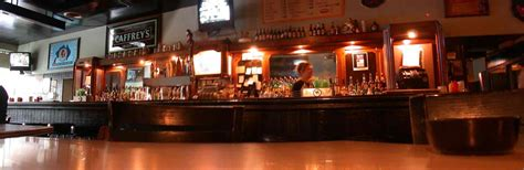 chicago top bars the best bars in chicago s hyde park