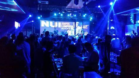 golden crown night club disco karaoke and massage spa gold star nightclub daokham hotel vientiane