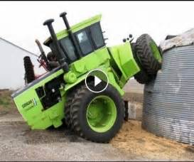 Accidents new compilation john deere combine accidents tractor