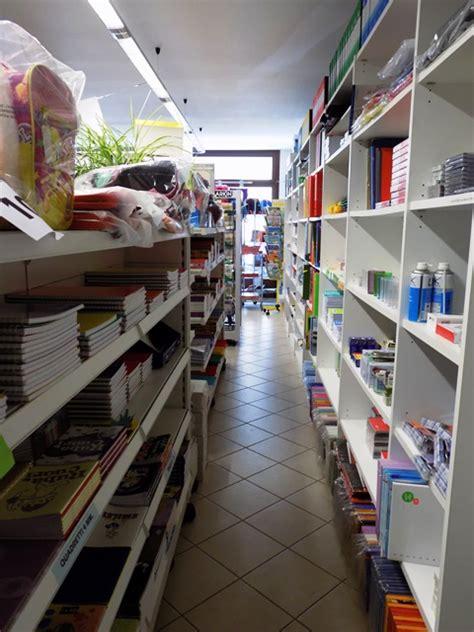 libreria via orari centro ufficio cartoleria libreria paesana