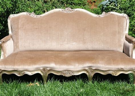 Vintage Sofa Rental Vintage Sofa Something Vintage Rentals