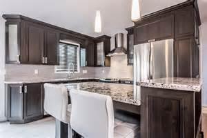 armoires de cuisine classique en polyester comptoirs en