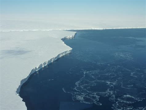 nasa icebridge antarctic 2010