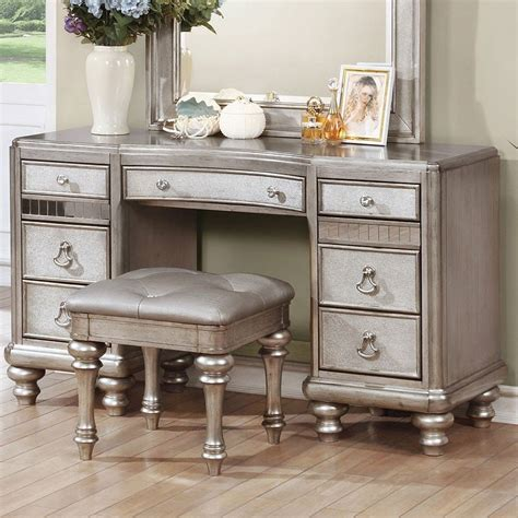 Types Of Bedroom Vanities by Bling Vanity Desk Bedroom Vanities Furniture With