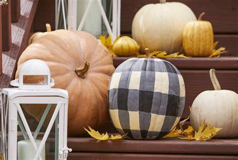 pumpkin decorating ideas  homes gardens
