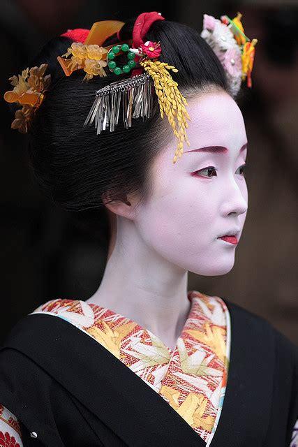japan japan kyoto japan  maiko apprentice ge flickr