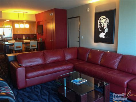 one bedroom suites las vegas elara las vegas 1 bedroom suite photos and video