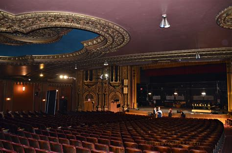 united palace theatre seating capacity photo of the day bogey and me at the united palace