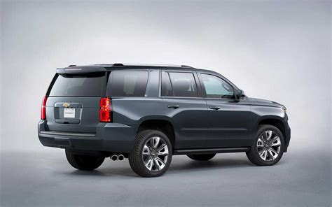 new 2018 chevy tahoe 2018 chevy tahoe light aesthetic update carbuzz info