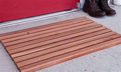 wooden  mat click    step