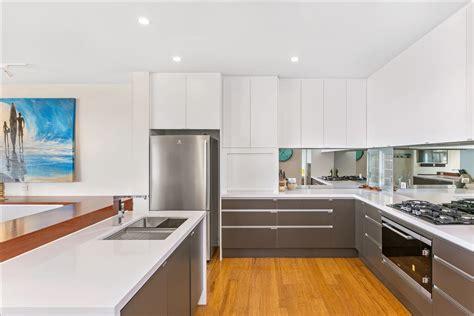 kitchens brisbane  custom kitchen renovations designs
