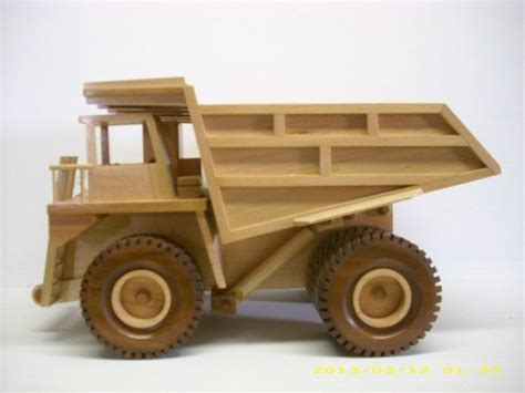 build diy  woodworking plans toy trucks  plans