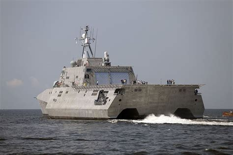 trimaran independence class uss independence lcs 2 lcs 2 independence class offers