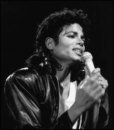 michael jackson beatboxing ultimate collection reaction gorgeous michael michael jackson photo 29379133 fanpop