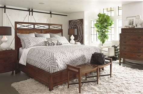 thomasville bedroom set king size chest on chest dress thomasville 174 american anthem king wood panel bed baer s