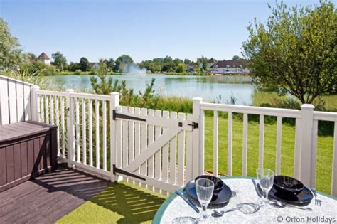 Cottages For Weekend Breaks by Cottages Cotswold Water Park