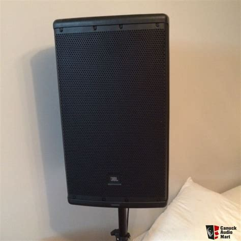 Speaker Jbl Eon 612 almost brand new jbl eon 612 self powered speakers w jbl