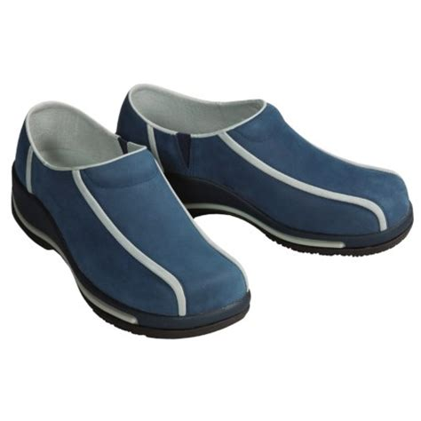 most comfortable waitress shoes extreme comfort review of dansko calla sport clogs for