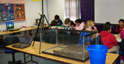 mr dewitt s classes last year s aquarium design projects mr c s class blog creating a model of erosion