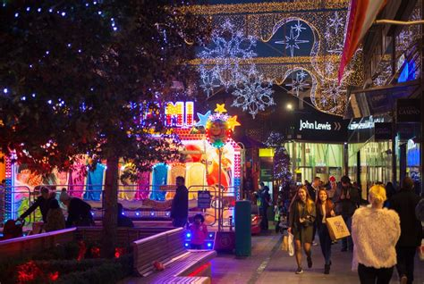 uk christmas spending to hit record 163 77 56bn in 2016