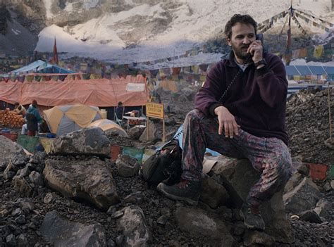 film everest fin everest jake gyllenhaal jason clarke talk about the good