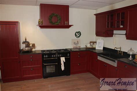 landelijke keukens nieuwleusen showroom opruiming landelijke en moderne houten keukens