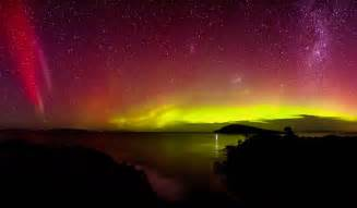 southern lights how to see the southern lights australian traveller