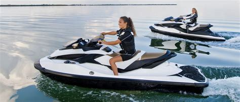 Personal Watercraft Or Pwc Buyers Guide Discover Boating