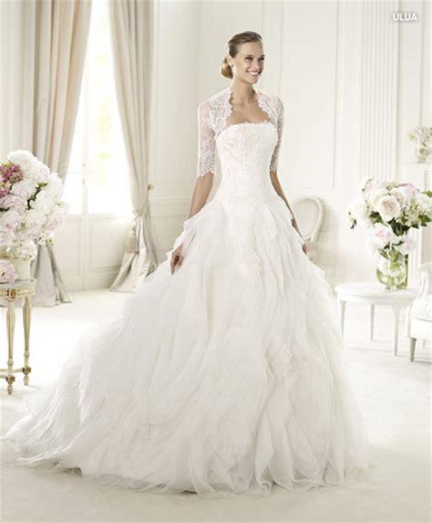 imagenes de vestidos de novia con olanes pronovias 2013 vestido de novia ulua y ucifa