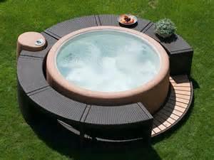 piscina da esterno prezzi vasche idromassaggio idromassaggio vasca idromassaggio