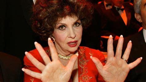 Lollo Brigida Lotta die frau die esmeralda war zu stark f 252 r das moralkorsett