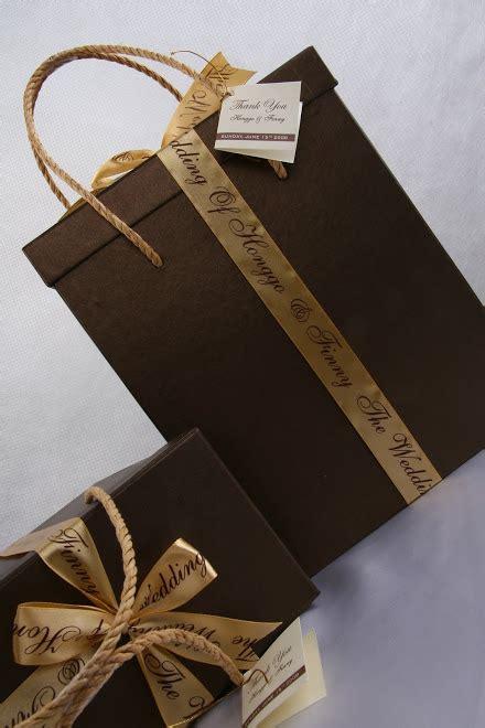Souvenir Tas Uk 25 X 35 rumah gift box