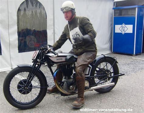 Motorräder Und Motorroller by Motorrad Veteranen Historische Zweir 228 Der Motorroller