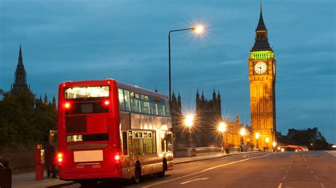 londra web buses test out the consumer experience of the