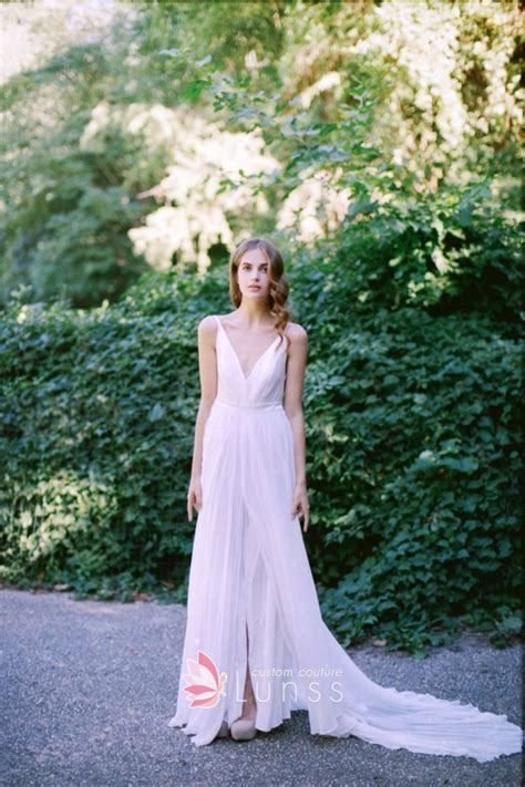Simple Dress For Wedding Occasion