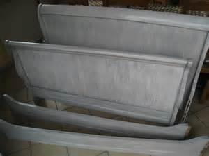peindre un lit en bois meilleures images d inspiration