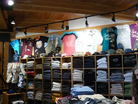 T Shirt Shop 9 Best Images About Idea Gallery T Shirt Displays On