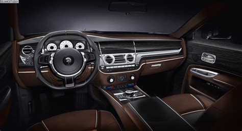 rolls royce cullinan interior 2019 rolls royce cullinan spied trucks reviews